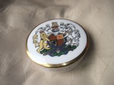 COLLECTABLE GILDED COALPORT CHINA POT & LID 1977 SILVER JUBILEE ELIZABETH II